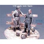 US 82nd Airborne Officer & German POW WW2