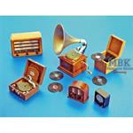 \'Gramophones and Radios