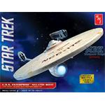 Star Trek U.S.S. Enterprise Refit + Shuttle