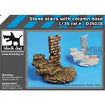 Stone stairs with column base