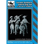 Israeli soldiers patrol big set