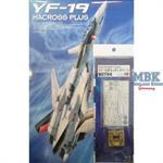 YF-19 Magross Plus mit Ätzteilsatz