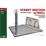 STREET SECTION w/WALL