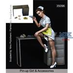 Pin-up Girl & Accessories