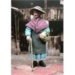 Großmutter, Oma mit Hut  1:35
