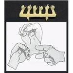 3 verschiedene Paare Hände  1:35