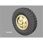 Marmon-Herrington road wheels (Dunlop)