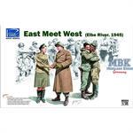 East meet West (Elbe River 1945)