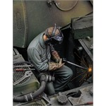 Man using electric welder (no.1