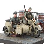 Zündapp KS-750 with Sidecar & Troopers