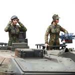 Bundeswehr Female Tank Commander & Loader