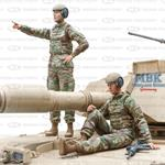 US Army female tank commander & gunner