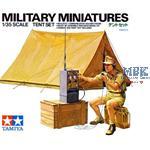 Zelt mit Funker und Funkgerät - DAK