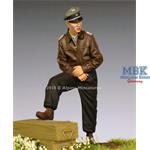 WSS Panzer Officer 44-45 1/35