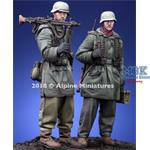 WSS MG Team at Kharkov Set - 2 figs 1/35