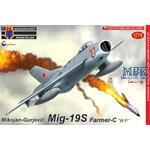 "Mikoyan MiG-19S Farmer-C ""Warsaw Pact"""