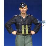 Waffen SS Panzer Officer  1/35