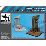 House corner base