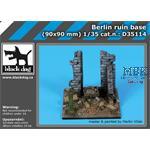 Berlin ruin base  90x90mm