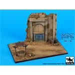 House Ruin with well base    Africa   1/72