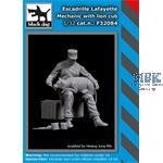 Escadrille Lafayette mechanic with lion cub