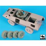 M 1117 Guardian interior and wheels set