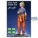 "Modern Female Mechanic crew ""Jennifer"" 1:20"