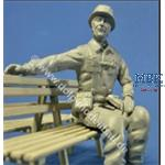 Soldat 2, auf Ladefläche sitzend, ca. 1995