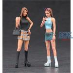 Platform Boots Girls, 2 Figuren 1/24