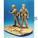 FIRST CAVALRY 1965 LZ-RAY w/ Base