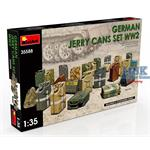 GERMAN JERRY CANS SET WW2