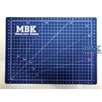 MBK Bastelmatte A4 / Cutting Mat 22 x 30 cm