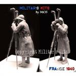 Französischer Soldat mit Scherenfernrohr 1:35
