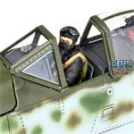Focke Wulf  Ta 152 H-1 Forward Facing Pilot Figure