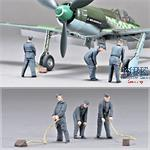 Focke Wulf Ta 152 H-1 Ground Crew Set