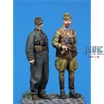 Hungarin SPG Officer + Panzer Officer
