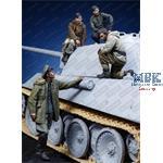 Unternehmen Konrad 1945  - 4 Resinfiguren