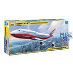 Boeing 747-8 (1:144)