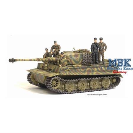 Tiger I late + Tank Crew