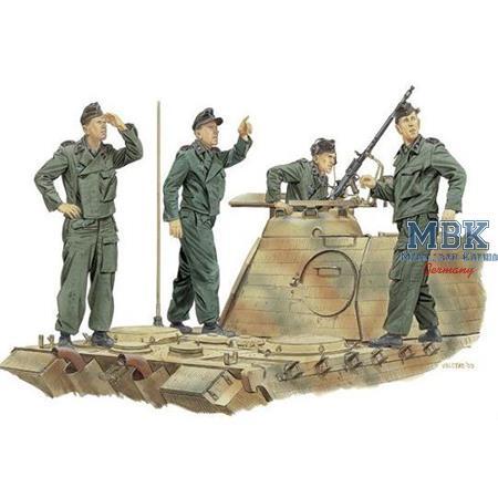 "\""Achtung Jabo\"" Panzer Crew"