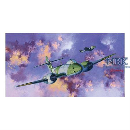 Gloster Meteor F.III  Cyber Hobby