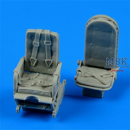 Junkers Ju-52m seats with safety belts