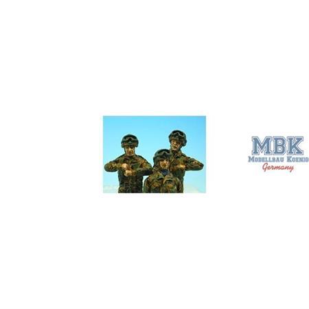 Modern UK WARRIOR CREW (Infantry HELMETS)