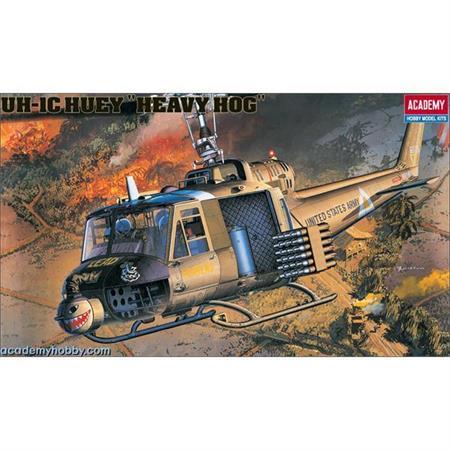 "UH-1C Huey \""Heavy Hog\"" (1:35)"