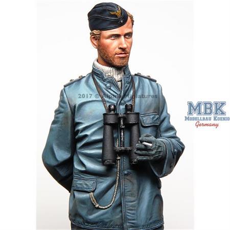 German U-boat Watch Officer 1/16