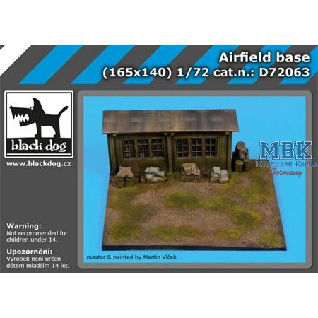 Airfield base 165x140mm  1/72