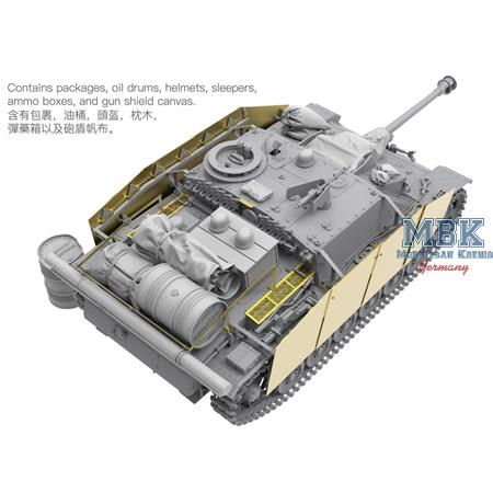 StuG III Ausf.G with full Interior and Figures