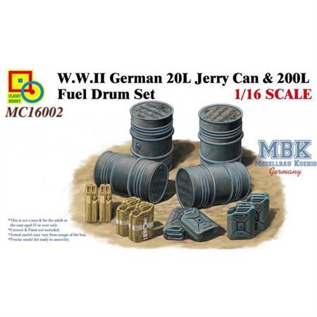 German 20l Jerry Can & 200l Fuel  1:16