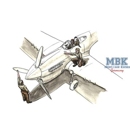 RAF Pilot w/Monkey on Shoulder + 2 Mechanics
