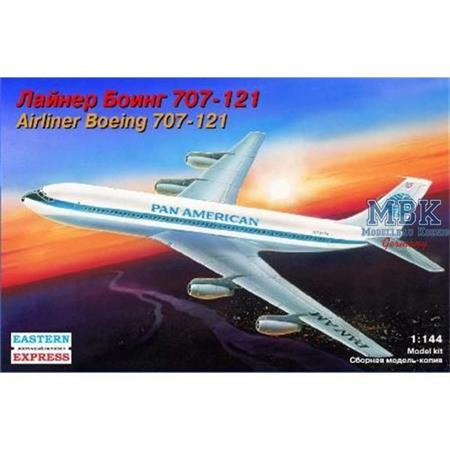 Airliner Boeing 707-121